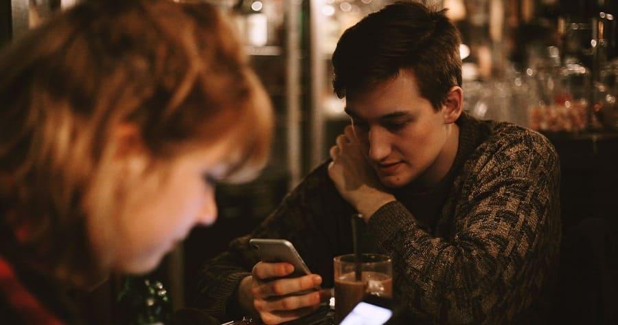Espionner les SMS d'un portable
