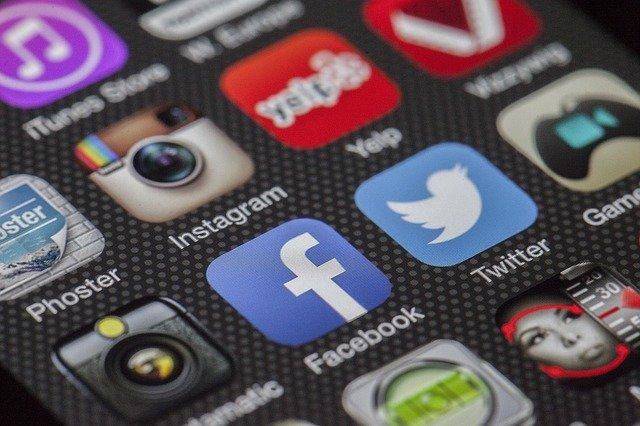 Espionner un mobile en ligne
